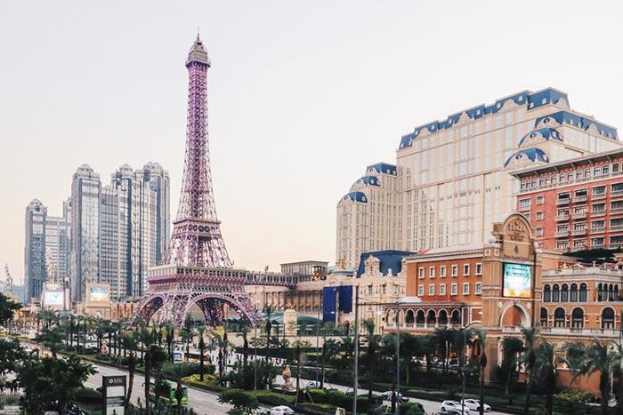ขึ้นหอไอเฟล (Eiffel Tower) ชมวิวมุมสูงที่ The Parisian Macao
